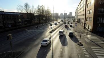 Joka neljäs helsinkiläinen altistuu tieliikenteen melulle