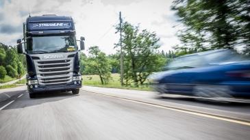 Kuorma-autojen valmistajat vastustavat tehokkuusdatan julkistamista. Niiden mielestä tiedot ovat liiketaloudellisesti arkaluontoisia.