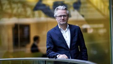 Arla Foodsin Executive Vice President Peter Giørtz Carlsen uskoo ruoan verkkokauppaan.