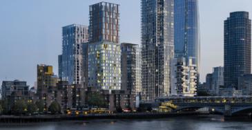 Koneen hissejä ja liukuportaita Lontooseen