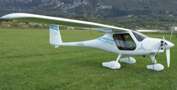 Pipistrel Alpha Electro -sähkömoottorilentokone.