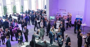 LOGY Conferencessa verkostoituminen on keskeisessä asemassa.