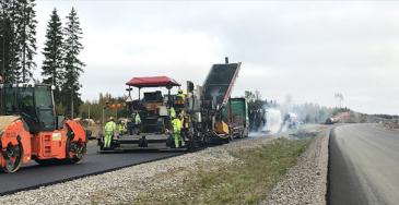 Viime vuonna päällyste uusittiin noin 4 000 kilometrin matkalta, joka mahdollisti korjausvelan pysäyttämisen päällystettyjen teiden osalta.