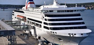 Tallink vuokraa myös Romantikan kuukaudeksi Skotlantiin