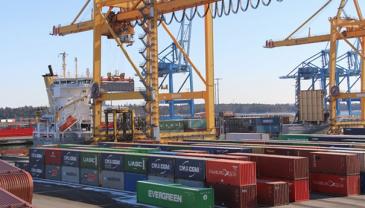 Steveco-konsernin myyntijohtaja Tapio Mattilan mukaan logistiikka-alaa riepottelee nyt konttien saatavuus.