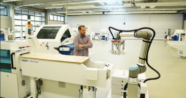 Päivitetty malli pystyy käsittelemään entistä painavampia kuormia eri käyttökohteissa, mikä parantaa laitteen tuottavuutta.