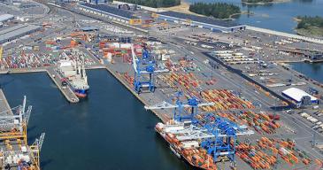 Vuosaaren satama tehostaa Muugan ro-pax-liikennettä