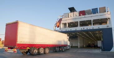 Komissio hyväksyy merenkulun tuen