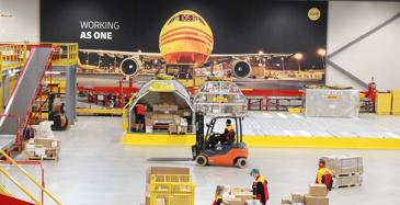 DHL Express avasi Pirkkalan terminaalin