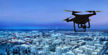 Suomessa droneja saisi lennättää 12-vuotias