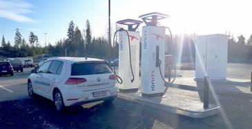 Eltel rakentaa IONITYlle latausasemia Suomeen