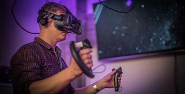 MAGICS-infrastruktuuri mahdollistaa virtuaalitodellisuuden hyödyntämisen muun muassa taiteellisissa esityksissä.