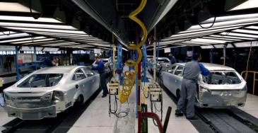 Autoteollisuus: vastatoimet terästulleille tarpeettomia