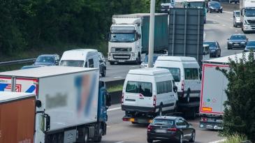 Kiista pakettiautosäännöistä jakaa EU-maita