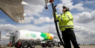 Neste ja Air BP viisinkertaistavat SAF-polttoaineen tarjonnan