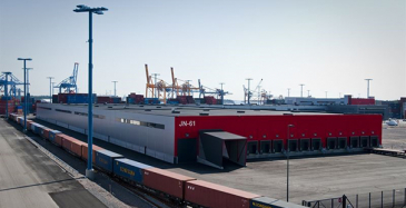 Konttijuna aloittaa Kiinan elintarvikekuljetukset