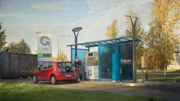 Gasum avaa lisää kaasutankkausasemia