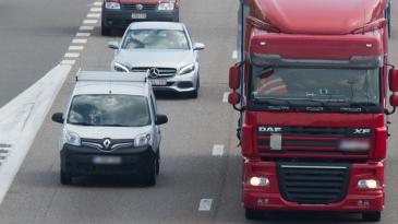 Autojen tiukat päästötestit voimaan