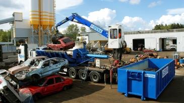 Uusien autojen kierrätys on haaste