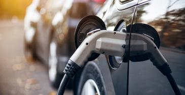 Sähköautoille 171 000 latauspistettä vuoteen 2030 mennessä
