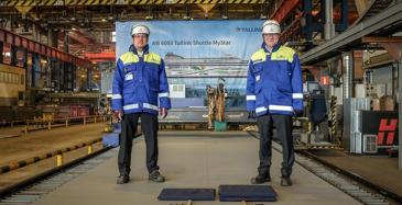 RMC:n toimitusjohtaja Jyrki Heinimaa ja projektipäällikkö Marko Paloluoto aloittivat teräksen leikkauksella RMC:n uudisrakennuksen NB6003:n, Tallinkin MyStarin tuotannon.