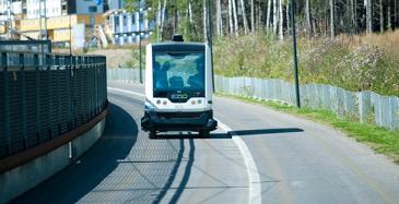 Robottiauton ohjaukseen uutta teknologiaa