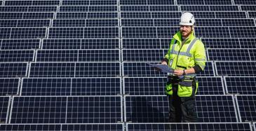 Virtain Tokmannin katolle asennettiin 360 aurinkopaneelin laajuista aurinkovoimalaa touko-kesäkuun vaihteessa. Se tuottaa aurinkosähköä noin 100 MWh vuodessa.