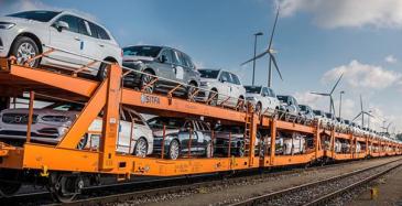 Volvon autokuljetukset rekoista rautateille