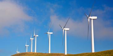 Neste lisää tuulivoimasähköä Porvoon jalostamolla