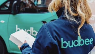 Budbeen pakettiautomaatteja löytyy nyt yhteensä yli sadasta HOK-Elannon, Lidl Suomen ja R-kioskin toimipisteestä.